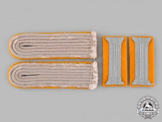 Germany, Heer. A Set of Reconnaissance Leutnant Rank Insignia