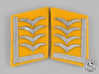 Germany, Luftwaffe. A Set of Flight Personnel Oberfeldwebel Collar Tabs