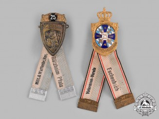 Bavaria, Kingdom. A Pair of Bavarian Veterans Association Membership Badges, by Deschler & Sohn