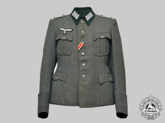 Germany, Heer. A Gebirgsjäger Oberleutnant's Service Tunic