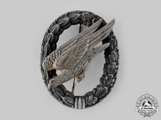 Germany, Luftwaffe. A Fallschirmjäger Badge by Paul Meybauer