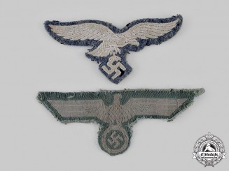 Germany, Wehrmacht. A Pair of Wehrmacht Uniform Eagle Insignia
