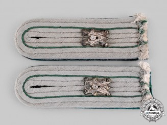 Germany, Heer. A Set of Heeresverwaltung (Army Administration) Beamter Shoulder Boards