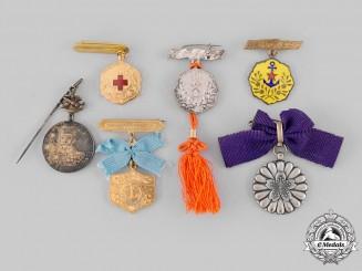 Japan, Empire. A Lot of Six Badges & Insignia