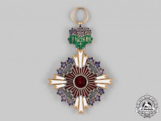Japan, Empire. An Order of the Paulownia Flowers, Grand Cordon Badge (Collector Copy)