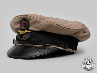 United Kingdom. A Royal Air Force First Pattern Cap, Attributed to 2nd Lieutenant Robert Hunter Byrom