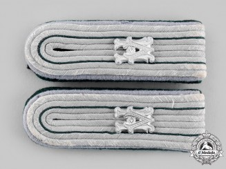 Germany, Heer. A Set Of Heeresverwaltung (Army Administration) Beamter Lieutenant Equivalent Shoulder Boards