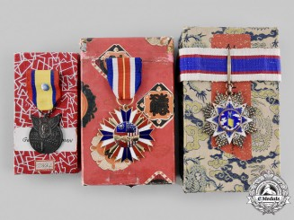 United States. The Chinese Decorations Attributed to Lieutenant Commander Bowman, Captain of  U.S.S. Saratoga 1942
