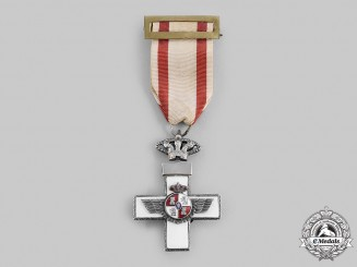 Spain, Transition. An Order of Aeronautical Merit, White Distinction, Silver Grade, c.1975