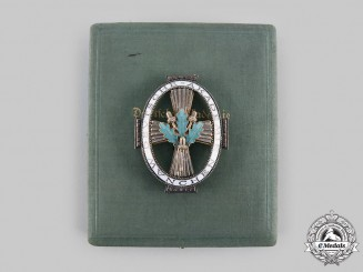 Germany, Imperial. A Rare Honour Badge of the Germany Academy in München with Case