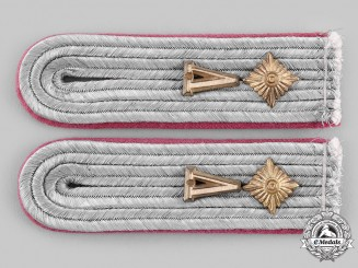 Germany, Heer. A Set of Panzer Oberleutnant Wehrkreis V Shoulder Boards