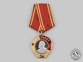 Russia, Soviet Union. An Order of Lenin in Gold & Platinum, Type V