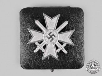 Germany, Wehrmacht. A War Merit Cross, I Class with Swords and Case, by Kerbach & Österhelt