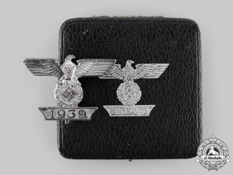 Germany, Wehrmacht. A Clasp to the 1939 Iron Cross I Class, Type I, with Case
