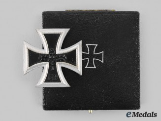 Germany, Federal Republic. A 1939 Iron Cross I Class, with Case, 1957 Version