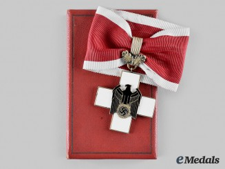 Germany, Third Reich. A Social Welfare Decoration, I Class with Case, by Gebrder Godet