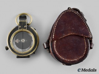 United Kingdom. A Verners Pattern Mark VII Prismatic Compass, 1917