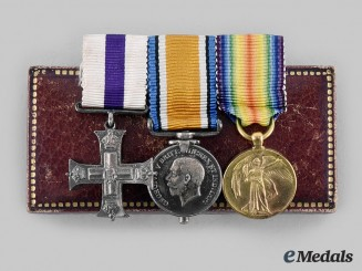 United Kingdom. A George V Military Cross Miniature Set