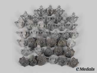 Canada, Commonwealth. A Lot of Thirty-Eight Second War Damaged Cap Badges