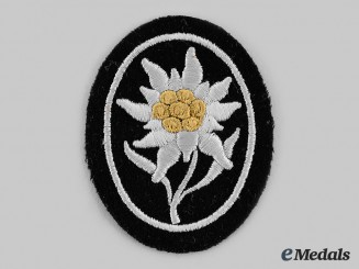 Germany, SS. An SS-Gebirgstruppen Edelweiss Sleeve Patch