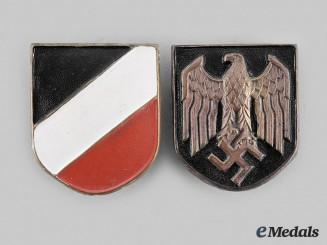 Germany, Heer. A Set of Heer Pith Helmet Insignia