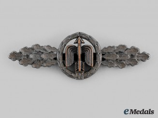 Germany, Luftwaffe. A Short Range Day Fighter Clasp, Bronze Grade, by G.H. Osang