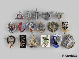 France, V Republic. A Lot of Seventeen Regimental Badges