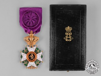 Belgium, Kingdom. An Order of Leopold in Gold, IV Class Officer, by Jules Heremens, c.1918