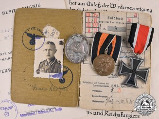 Germany, Heer. A Soldbuch & Medals to Wachtmeister Bartylla, Bataillon 164 in Metz