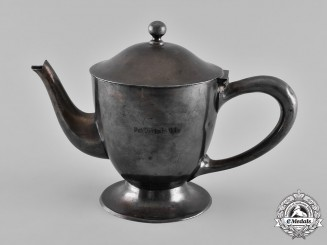 Germany, Third Reich. A Teapot from the Nürnberger Deutsche Hof