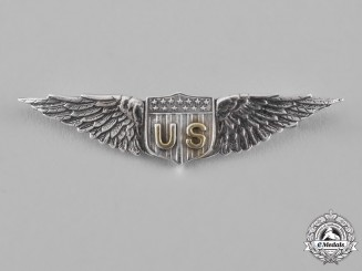United States. A Fine Air Service Pilot's Badge, by Tiffany & Co., c.1918