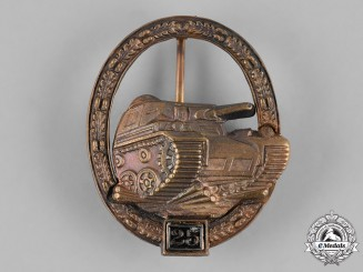 Germany, Federal Republic. A Special Grade Tank Badge for 25 Engagements, 1957 Version