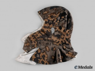"Germany, SS. A Waffen-SS Reversible ""B"" Pattern Oak Leaf Camouflage Hood"