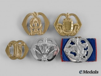 Netherlands, Kingdom. Five Royal Netherlands Army Beret and Collar Badges