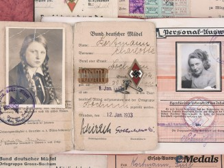 Germany, BDM/DAF/NSDAP. A Lot of Documents and Insignia to Zuselotte Kortmann