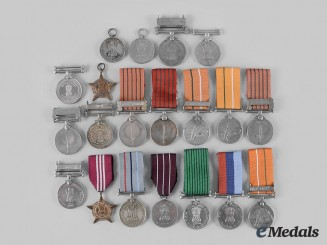 India, Republic. A Lot of Nineteen Medals