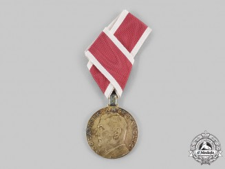 Croatia, Independent State. An Extremely Rare Ante Pavelić Golden Bravery Medal
