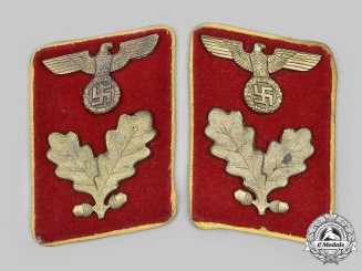 Germany, NSDAP. A Set of Reichs-Level Bereichsleiter Collar Tabs