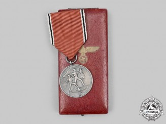 Germany, Wehrmacht. An Anschluss Medal, with Case