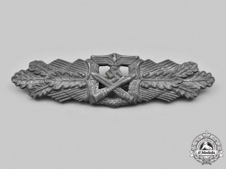 Germany, Wehrmacht. A Close Combat Clasp, Silver Grade, by Rudolf Souval