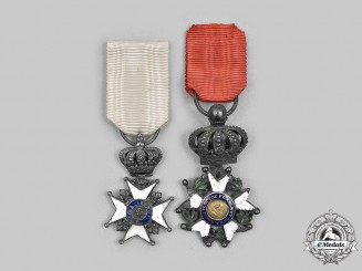 France, Historical. A Reduced Size Legion of Honour and Decoration of the Lily, c. 1830