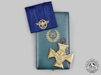 Germany, Ordnungspolizei. A Long Service Award, I Class for 25 Years, with Case