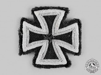 Germany, Wehrmacht. A 1939 Iron Cross I Class, Cloth Version