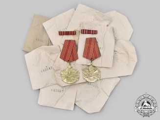 Yugoslavia, Socialist Republic. WWII Order of Bravery, Lot of 10 Awards, Mint and in Pocket of Issue