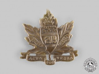 "Canada, CEF. A 213th Infantry Battalion ""Toronto Americans"" Cap Badge, Type I with ""Acta Non Verba"""