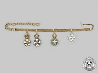 France, Republic. A Fine 19th Century Diplomatic White Falcon Miniature Chain in Gold