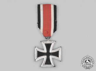 Germany, Wehrmacht. A 1939 Iron Cross II Class, Lug Variant, by Wächtler & Lange