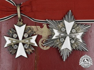 Germany, Third Reich. An Order of the German Eagle, II Class Cross with Breast Star and Case, by Gebrüder Godet