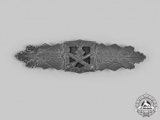 Germany, Wehrmacht. A Close Combat Clasp, Silver Grade, by Steinhauer & Lück