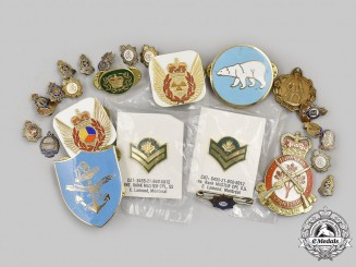 Canada. Lot of Twenty-Five Badges
